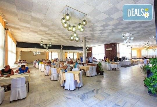 Септември в Черна гора и Дубровник с Darlin Travel! 3 нощувки със закуски и вечери в хотел Корали 2* в Сутоморе, 1 ден в Дубровник, транспорт - Снимка 10