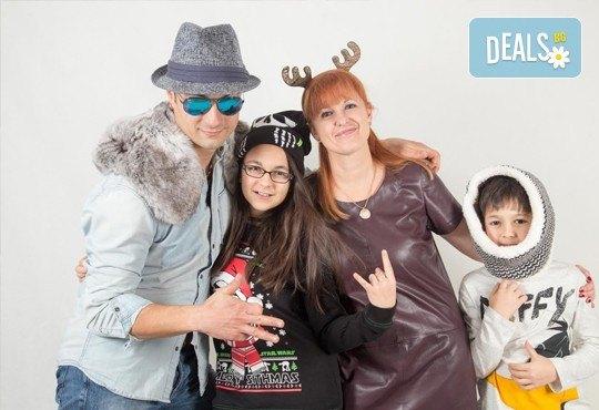За всеки специален момент! Професионална детска или семейна фотосесия, външна или в студио и до 100 обработени кадъра от Arsov Image! - Снимка 6