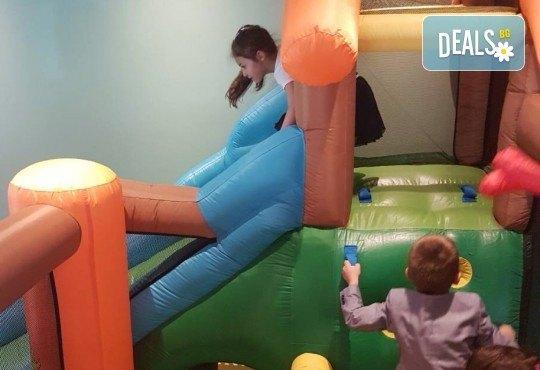 Два часа луди игри с аниматор и ползване на всички съоръжения за забавление от Детски клуб Евърленд - Снимка 9