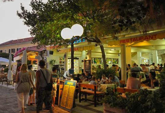 Септемврийски празници в Будва и Дубровник! 4 нощувки със закуски и вечери в пансион Obala 3*, посещение на Дубровник и транспорт - Снимка 12