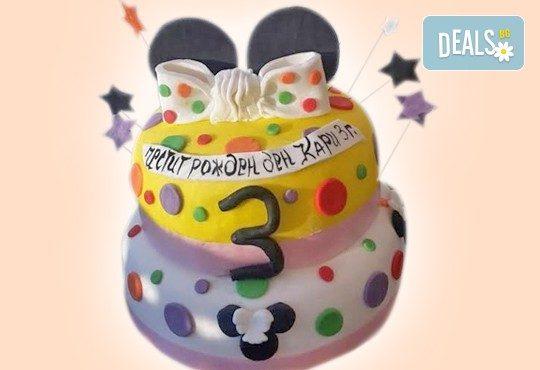 За момичета! Красиви детски торти за момичета с принцеси и приказни феи + ръчно моделирана декорация от Сладкарница Джорджо Джани - Снимка 6