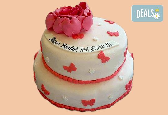 За момичета! Красиви детски торти за момичета с принцеси и приказни феи + ръчно моделирана декорация от Сладкарница Джорджо Джани - Снимка 15