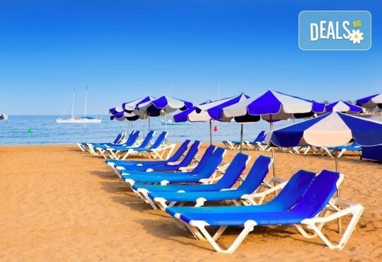 Почивка през септември в Лидо ди Йезоло, Италия, с възможност за посещение на Венеция и Верона! 5 нощувки, закуски, вечери и транспорт от Еко Тур! - Снимка 1