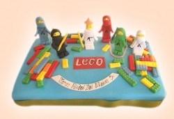 Детски торти MAX цветове с 2, 3 или 4 фигурки, фотодекорация и апликация по дизайн на Сладкарница Джорджо Джани! - Снимка