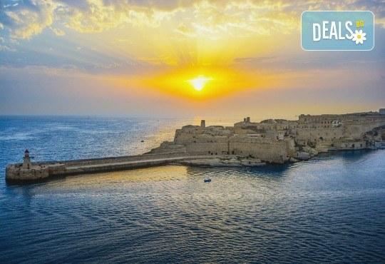 Лятна почивка на о-в Малта! 7 нощувки със закуски в Blue Sea Santa Maria 3* или подобен, двупосочен билет, летищни такси - Снимка 2