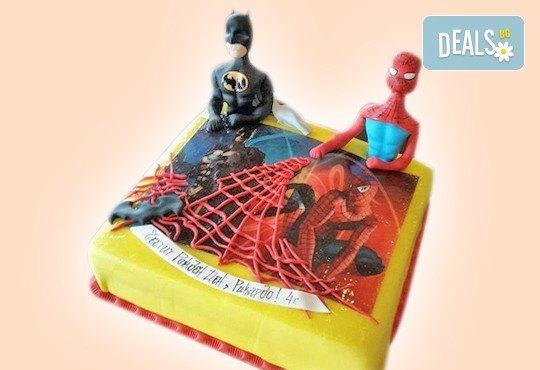 За момчета! Детски торти за момчета с коли и герои от филмчета с ръчно моделирана декорация от Сладкарница Джорджо Джани - Снимка 3