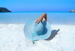 Слънце и море! На плаж за 1 ден в Неа Ираклица, Гърция с транспорт и водач от Дениз Травел! - Снимка
