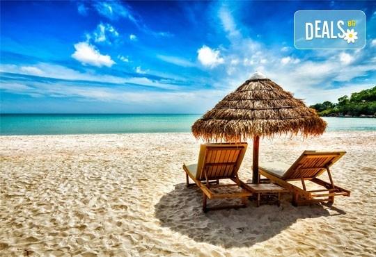 Екскурзия за един ден до красивия плаж Аммолофи в слънчева Гърция! Транспорт и водач от Дениз Травел! - Снимка 1