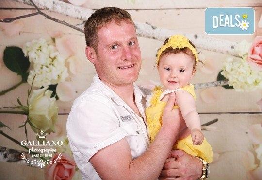 Семейна и детска фотосесия в студио GALLIANO с 35 обработени кадъра от GALLIANO PHOTHOGRAPHY! - Снимка 5