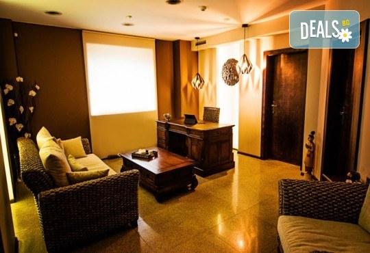 Вълшебна антистрес терапия за пътуващи в Студио за тайландски масажи ThaimOut - Снимка 2