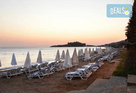 Почивка в Notion Kesre Beach Hotel 4*+, Кушадасъ, Турция през септември! 7 нощувки на база All Inclusive и възможност за транспорт! - Снимка 6