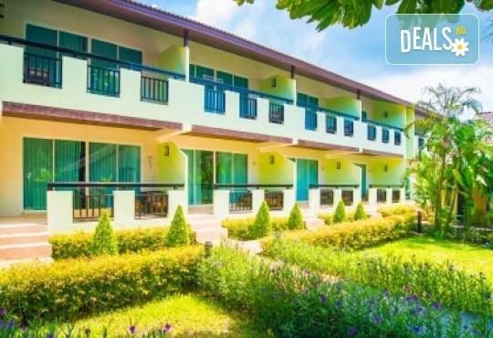 Екзотика и лукс! Почивка на остров Пукет, Тайланд, през октомври! 7 нощувки със закуски в хотел Phuket Island View 4*, билет с летищни такси, трансфери и водач - Снимка 8