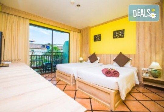 Екзотика и лукс! Почивка на остров Пукет, Тайланд, през октомври! 7 нощувки със закуски в хотел Phuket Island View 4*, билет с летищни такси, трансфери и водач - Снимка 11
