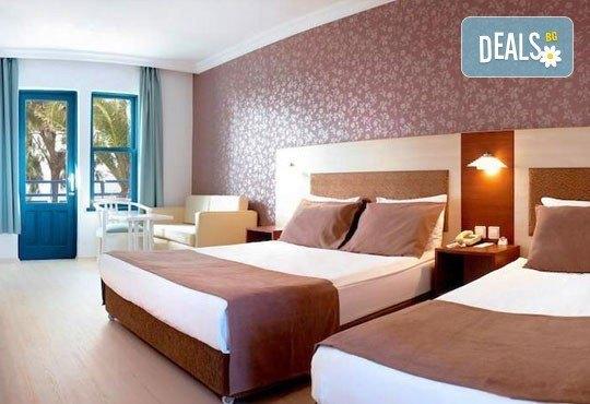 Септемврийски празници в Кушадасъ, Турция! 7 нощувки на база Ultra All Inclusive в Ephesus Princess Hotel 5*, безплатно за дете до 12.99г. - Снимка 5