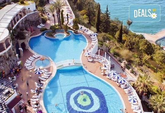 Септемврийски празници в Кушадасъ, Турция! 7 нощувки на база Ultra All Inclusive в Ephesus Princess Hotel 5*, безплатно за дете до 12.99г. - Снимка 1