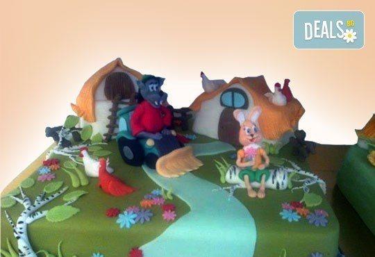 Смърфове, Миньони и Мечо Пух! Голяма детска 3D торта 37 ПАРЧЕТА с фигурална ръчно изработена декорация от Сладкарница Джорджо Джани - Снимка 7