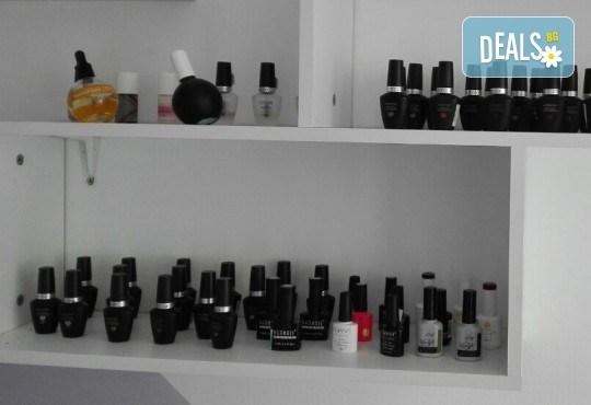 Пленителен поглед! Удължаване и сгъстяване на мигли по метода косъм по косъм от Beauty Studio Platinum - Снимка 4