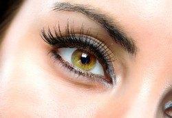 Пленителен поглед! Удължаване и сгъстяване на мигли по метода косъм по косъм от Beauty Studio Platinum - Снимка