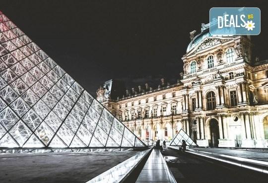 Романтичен септември в Париж, Франция! 2 или 3 нощувки със закуски, самолетен билет и летищни такси - Снимка 6