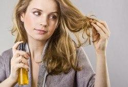 Терапия за коса с хиалурон за фини, късащи се коси, подстригване, масажно измиване, филър с хиалурон и прическа в студио за красота LD - Снимка