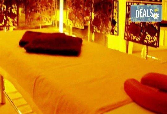Отпуснете се със 60-минутен релаксиращ масаж на цяло тяло плюс захарен пилинг на гръб от Лаура стайл! - Снимка 4