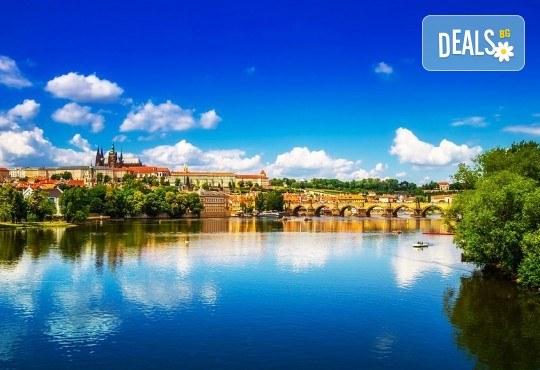 Екскурзия до Златна Прага на дата по избор със Запрянов Травел! 2 нощувки със закуски в хотел 3*, транспорт и програма - Снимка 8