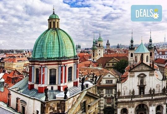 Екскурзия до Златна Прага на дата по избор със Запрянов Травел! 2 нощувки със закуски в хотел 3*, транспорт и програма - Снимка 4