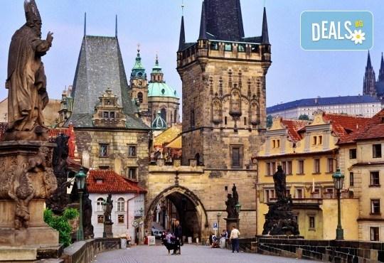 Екскурзия до Будапеща и Прага, на дата по избор, със Запрянов Травел! 3 нощувки със закуски в хотели 3*, транспорт и панорамна обиколка на Будапеща - Снимка 3