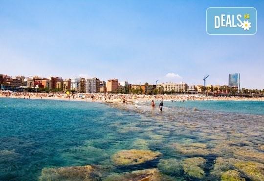 Романтика, слънце и море! Почивка през септември в Коста Брава, Испания - 7 нощувки на пълен пансион, самолетен билет, екскурзия до Барселона и трансфер - Снимка 7