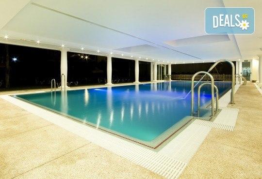 Почивка през септември в Коста дел Сол, Испания: 7 нощувки със закуски, обеди и вечери в Hotel Monarque Fuengirola Park 4*, самолетен билет, летищни такси и трансфер! - Снимка 7