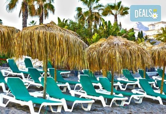 Почивка през септември в Коста дел Сол, Испания: 7 нощувки със закуски, обеди и вечери в Hotel Monarque Fuengirola Park 4*, самолетен билет, летищни такси и трансфер! - Снимка 10