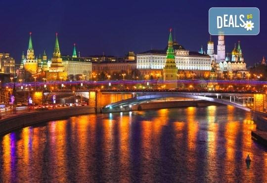 История и съвремие! Екскурзия до Санкт Петербург и Москва през юли със 7 нощувки със закуски в хотели 3*/4*, билет с летищни такси и трансфери - Снимка 5