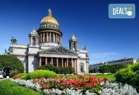 История и съвремие! Екскурзия до Санкт Петербург и Москва през юли със 7 нощувки със закуски в хотели 3*/4*, билет с летищни такси и трансфери - Снимка 9