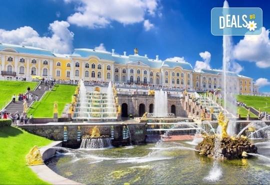 История и съвремие! Екскурзия до Санкт Петербург и Москва през юли със 7 нощувки със закуски в хотели 3*/4*, билет с летищни такси и трансфери - Снимка 6