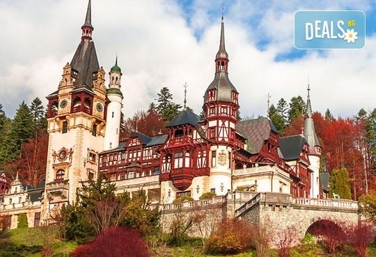 Разходка до Румъния от август до октомври с еднодневна екскурзия до Синая и Замъка на Дракула в Бран с транспортот Русе - Снимка 5