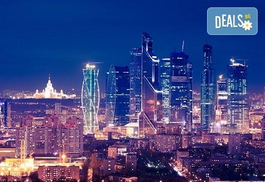 Опознайте красивата и необятна Русия с екскурзия до Санкт Петербург и Москва през юли! 7 нощувки със закуски, самолетен билет, трансфери и панорамни обиколки - Снимка 7