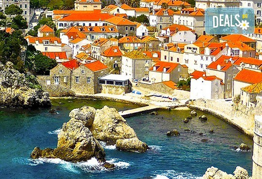 Екскурзия до Будва и Дубровник с посещение на Вишеград, Камен град, Мостар! 4 нощувки със закуски в Сараево, Требине и Будва, транспорт и водач - Снимка 3