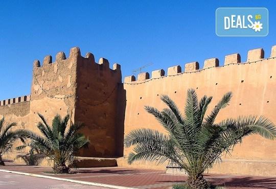 Екзотична почивка в Мароко: 7 нощувки със закуски и вечери в хотели 4*, самолетен билет, трансфери и програма с обиколка на Есуира и Маракеш! - Снимка 2