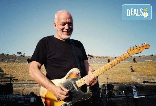 Само в Кино Арена, само през септември! Прожекция на концерта David Gilmour Live At Pompeii на 13 и 16 септември от 20ч., в Кино Арена в София! - Снимка 6