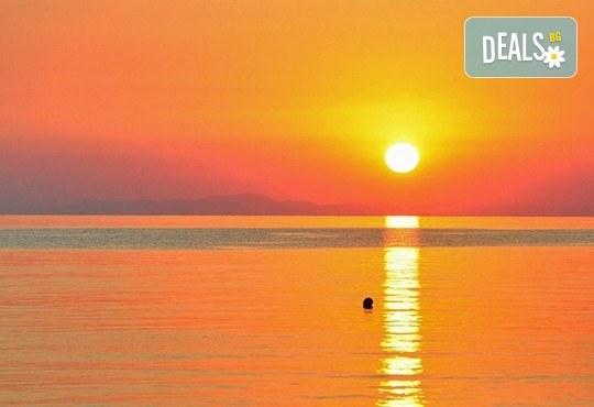 Мини почивка през септември на изумрудения остров Тасос, Гърция: 3 нощувки със закуски и вечери в хотел 3*, транспорт и водач! - Снимка 2