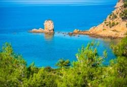 Мини почивка през септември на изумрудения остров Тасос, Гърция: 3 нощувки със закуски и вечери в хотел 3*, транспорт и водач! - Снимка