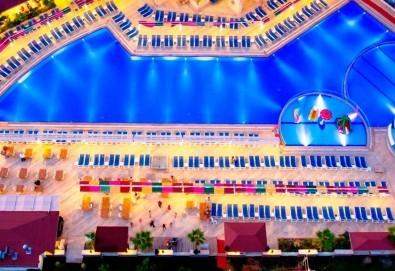 Луксозна All Inclusive почивка през август в Анталия, Турция! 7 нощувки в хотели 5* по избор, самолетни билети, летищни такси и трансфери! - Снимка
