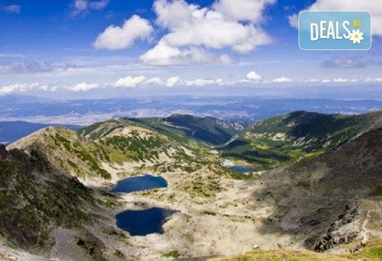 Еднодневна екскурзия през юли до Седемте рилски езера с транспорт и екскурзовод от Глобул Турс! - Снимка 2