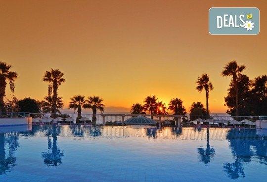 Почивка в Кушадасъ, Турция през септември: 5 нощувки на база All Inclusive в Grand Blue Sky 4* от Глобул Турс! Безплатно за дете до 11 години! - Снимка 12