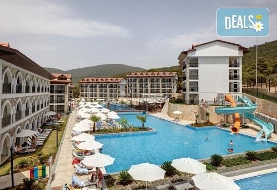 Септемврийска почивка в Дидим, Турция: 5 нощувки на база All Inclusive в Ramada Resort Hotel Didim 4* от Глобул Турс! Безплатно за дете до 11 години! - Снимка 3