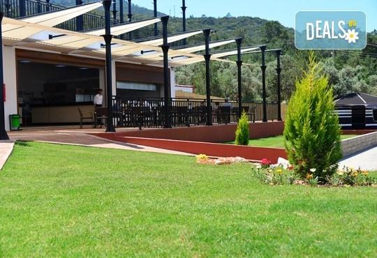 Септемврийска почивка в Дидим, Турция: 5 нощувки на база All Inclusive в Ramada Resort Hotel Didim 4* от Глобул Турс! Безплатно за дете до 11 години! - Снимка 10