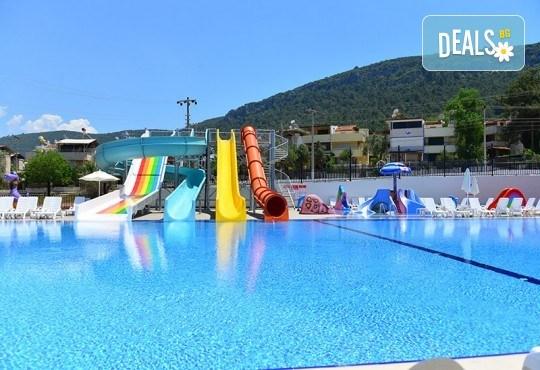 Септемврийска почивка в Дидим, Турция: 5 нощувки на база All Inclusive в Ramada Resort Hotel Didim 4* от Глобул Турс! Безплатно за дете до 11 години! - Снимка 9