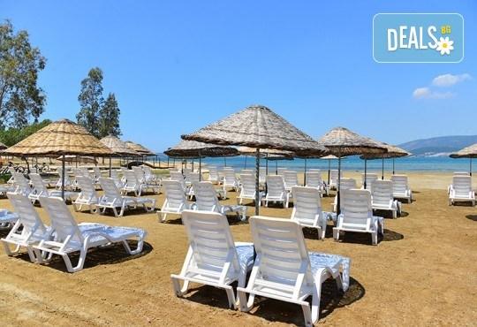 Септемврийска почивка в Дидим, Турция: 5 нощувки на база All Inclusive в Ramada Resort Hotel Didim 4* от Глобул Турс! Безплатно за дете до 11 години! - Снимка 11