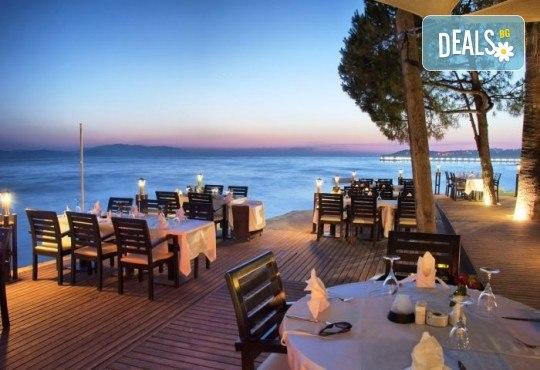Лятна почивка в Кушадасъ, Турция: 5 нощувки на база All Inclusive в Ephesia Holiday Beach Club 4* от Глобул Турс! Безплатно за дете до 11 години! - Снимка 10