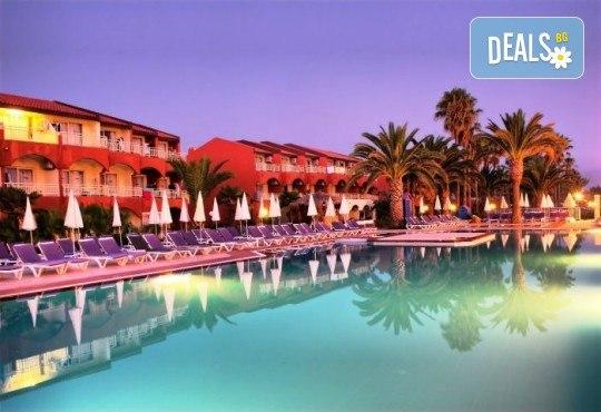 Лятна почивка в Кушадасъ, Турция: 5 нощувки на база All Inclusive в Ephesia Holiday Beach Club 4* от Глобул Турс! Безплатно за дете до 11 години! - Снимка 1